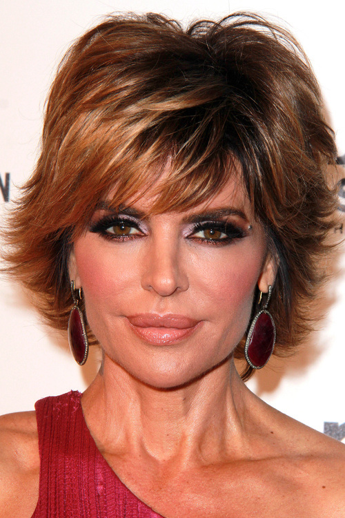 28 short layered ombre hairstyle with flicks