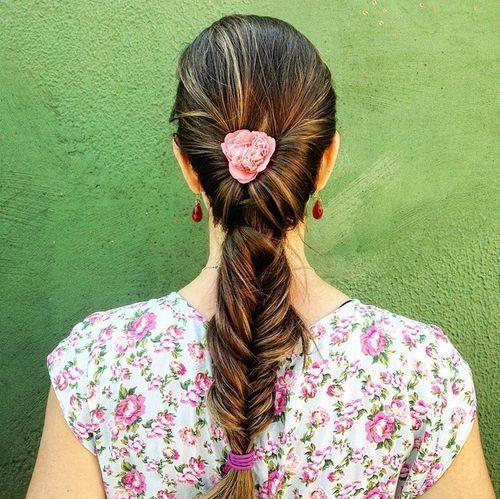 33 fishtailed flip ponytail