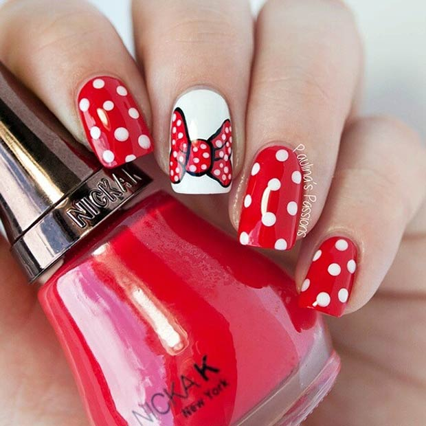 4 Minnie Mouse