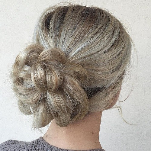 10 petal bun for blonde hair