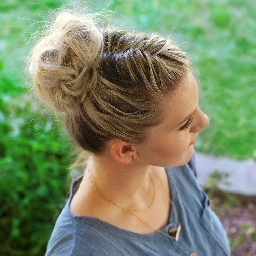 11 casual bun with fishtail braid