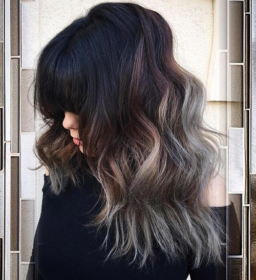 13 long wavy hairstyle with bangs for thick hair