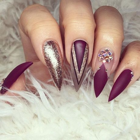53 Creative Stiletto Nail Art Designs; Short stiletto nails;Long stiletto nails; glitter stiletto nail art ideas; classy stiletto nail designs; matte acrylic nails.