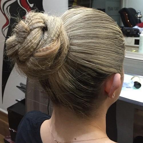 17 twisted crimped bun