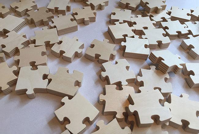 18 Puzzle Pieces