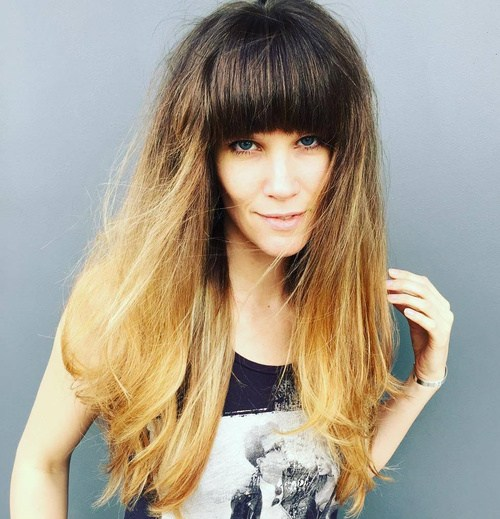 19 long hairstyle with arched bangs