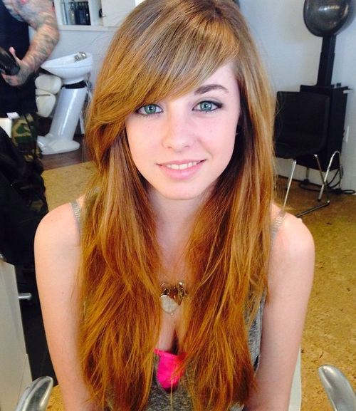 40 Cute and Effortless Long Layered Haircuts with Bangs - Page 22 - Foliver blog