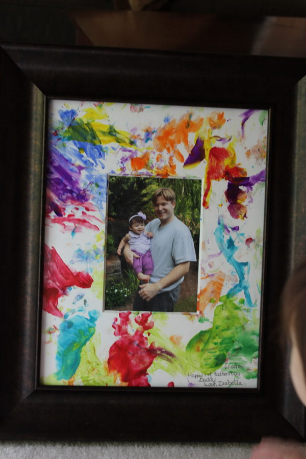 26 Father's Day Finger-Painted Picture from Toddlers