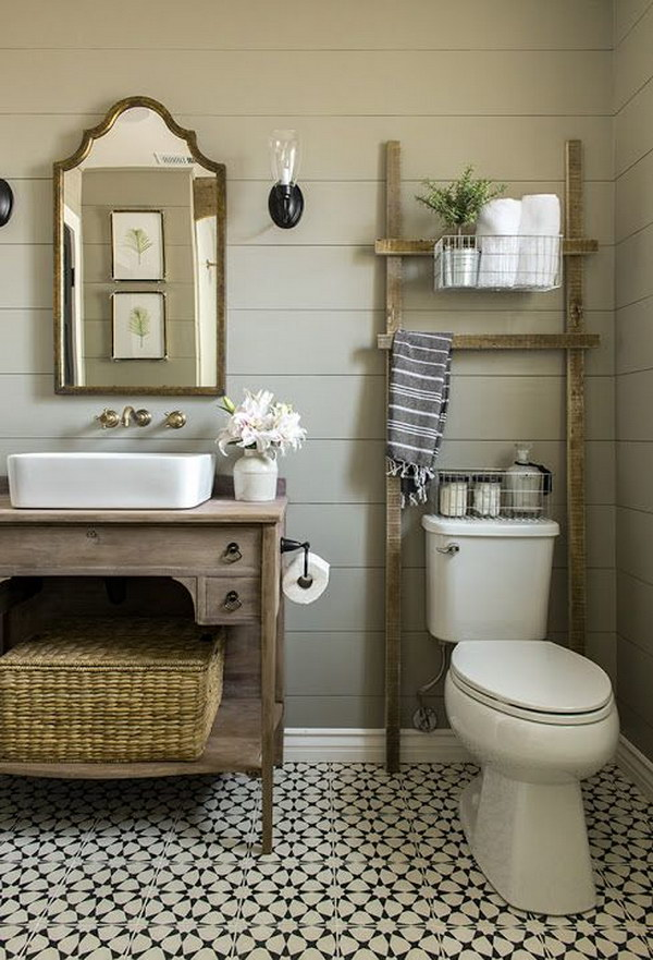 1 Bathroom Ladder Over The Toilet For Storage