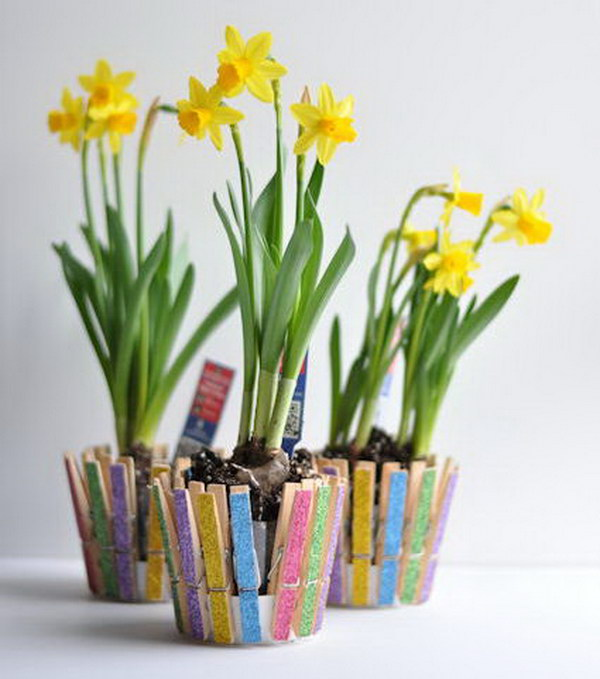 10 Clothespin Flower Pot