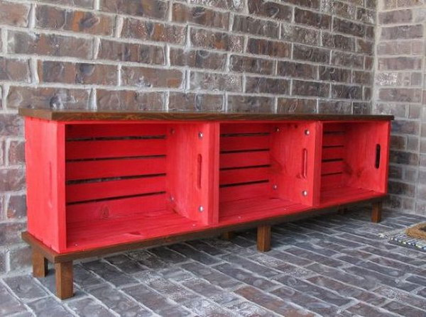 15 DIY Crate Bench for Front Porch
