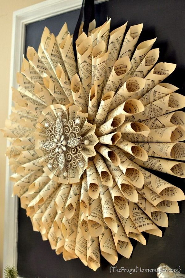 2 DIY Vintage French Old Book Pages Wreath