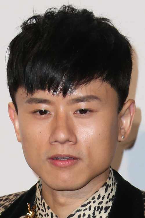 23 asian men hairstyle modern front brush