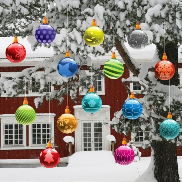 25 Hanging Christmas Ornaments