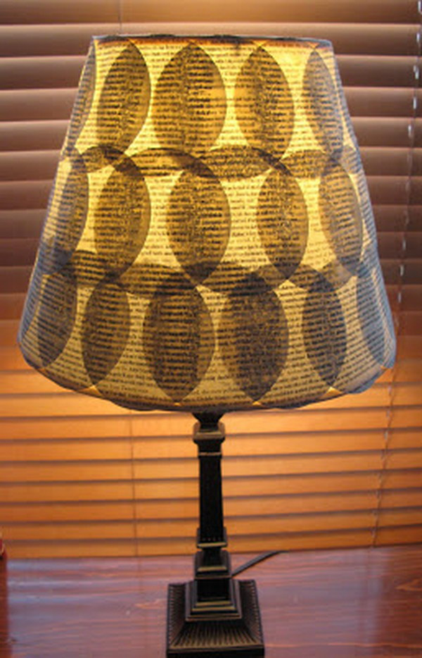 27 DIY Old Book Pages Lampshade