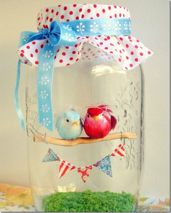 29 Love Birds in a Jar