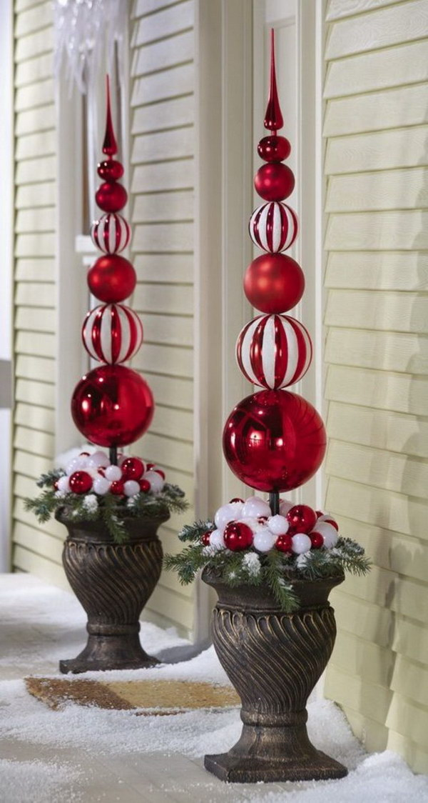 3 Red and White Ornaments Topiary Outdoor Decoration