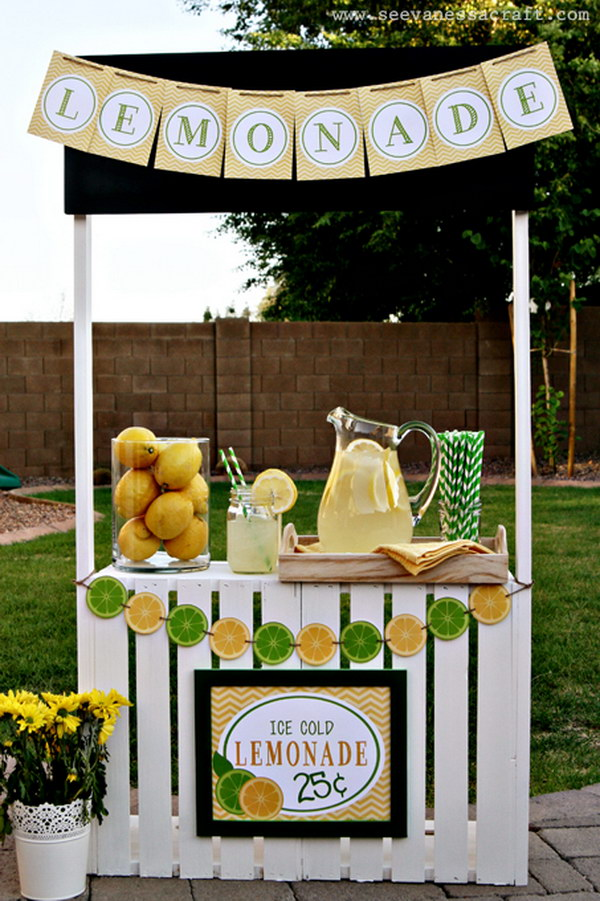 30 DIY Lemonade Stand Made with Crates