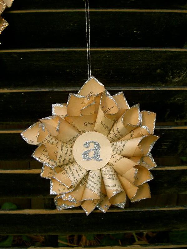 30 DIY Tiny Paper Star Ornaments