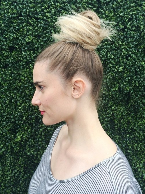 4 easy top knot updo for long hair