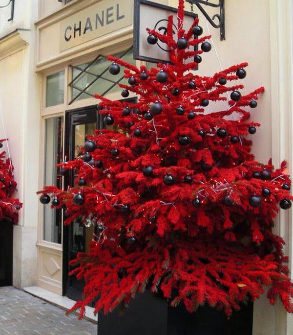 7 Chanel Christmas Tree