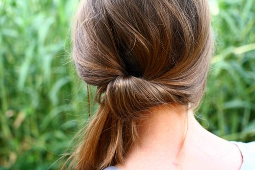 8 quick updo with a fancy side ponytail