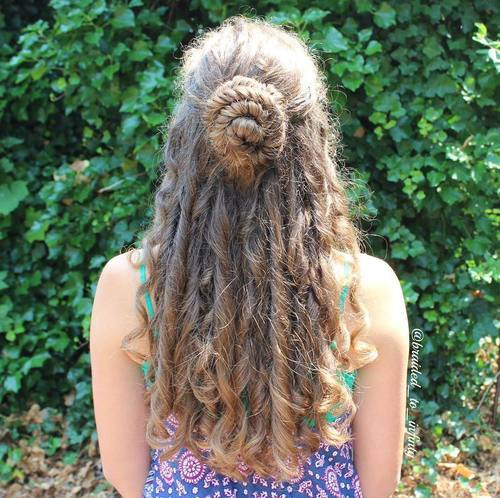 45 Pretty Ideas For Casual And Formal Bun Hairstyles Page 13