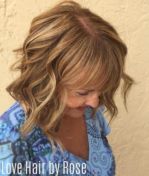 13 over 60 medium wavy hairstyle