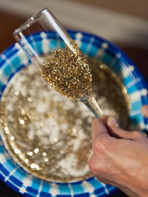 24 Glitter Champagne Glasses Tutorial
