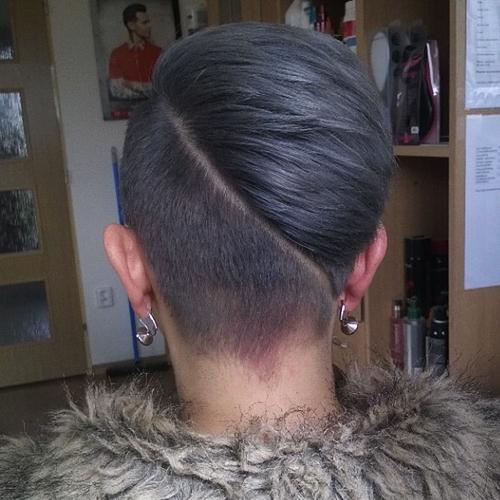 24 short women hairstyle with diagonal undercut