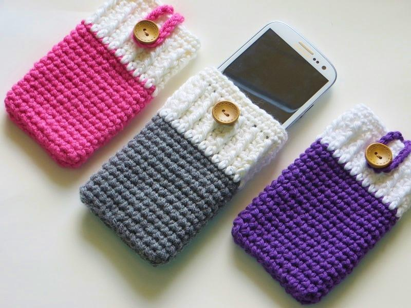 26 Mobile Phone Cozy