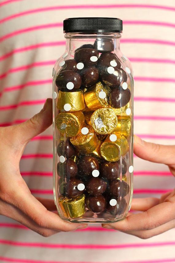 27 Candy Jar