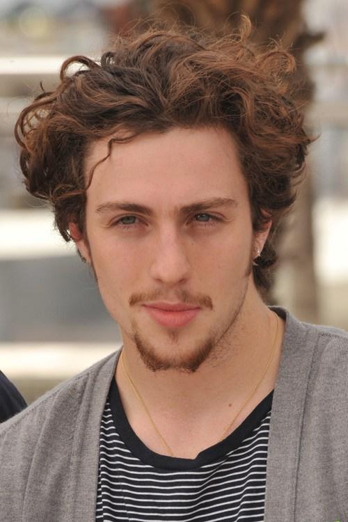 30 tapered medium haircut for curly hair men