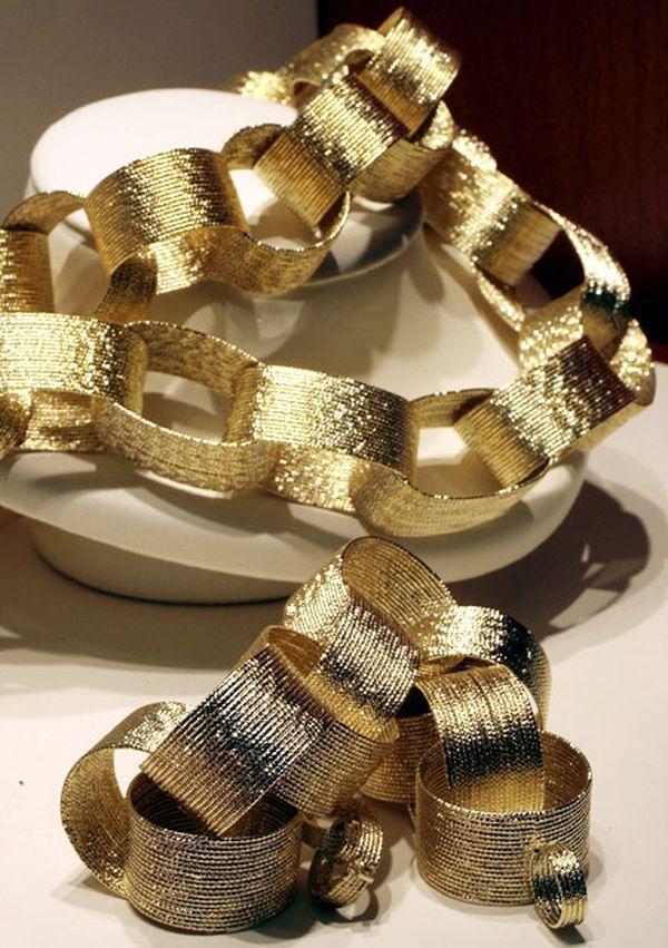 33 Gold Paper Chain