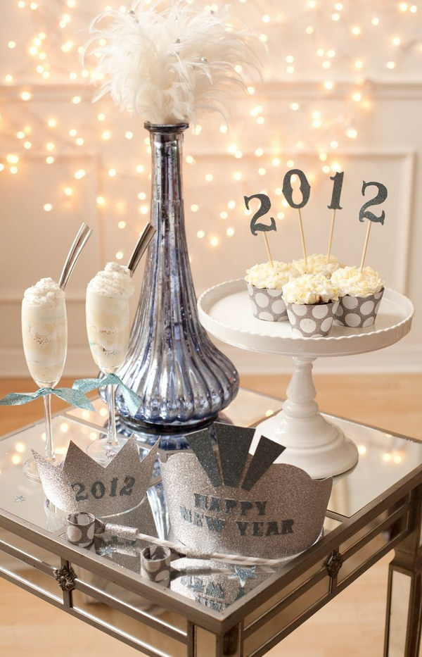 35 DIY NYE Tablescape