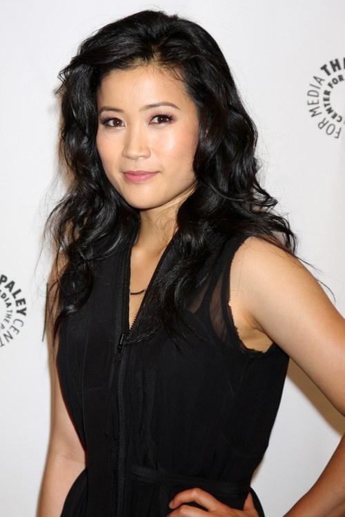 4 asian actress hairstyle voluminous layered curls