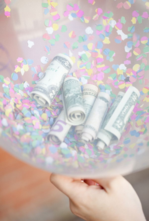 1 Confetti and Cash Balloon