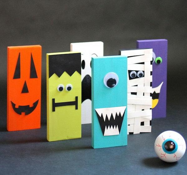 1 DIY Halloween Bowling Set