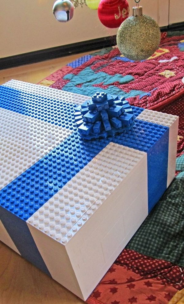 11 Cool LEGO Gift Box