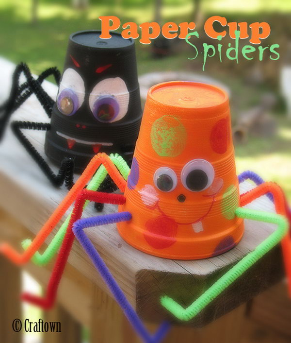 12 Cute Paper Cup Spiders and Bats