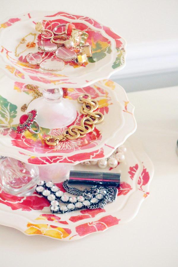 12 DIY Jewelry Tray