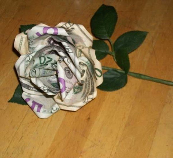 12 Turn Paper Bill into a Money Rose