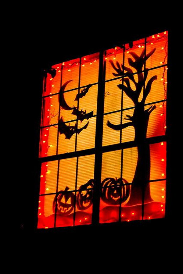 13 Spooky Halloween Window