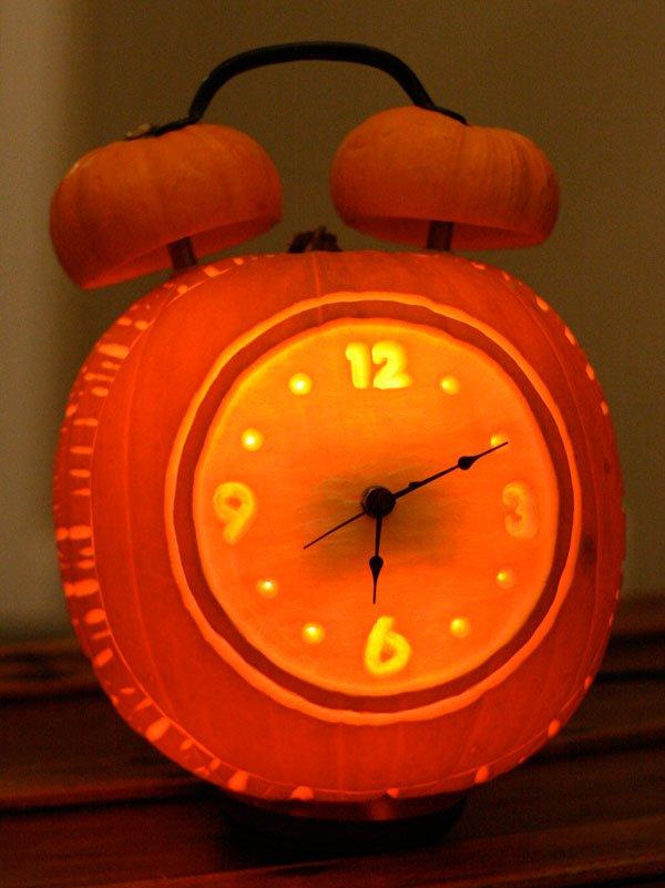 14 Alarm Clock Halloween Pumpkin