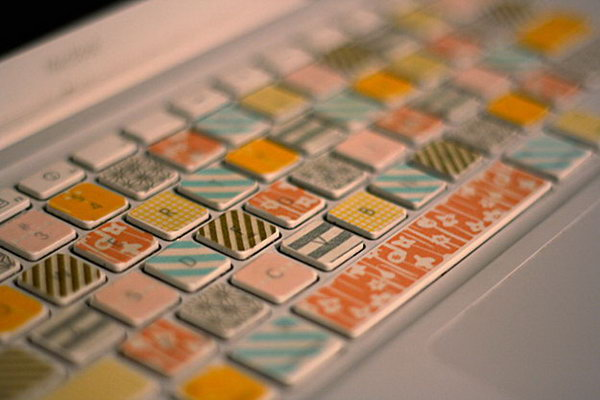 26 Decorate Computer Keyboard with Washi Tape