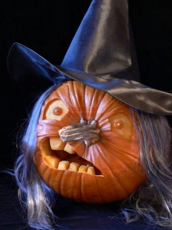 4 Scary Witch Carved Pumpkin