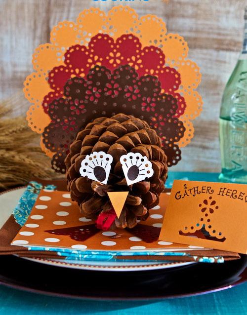 9 Pine Cone Turkey Centerpieces