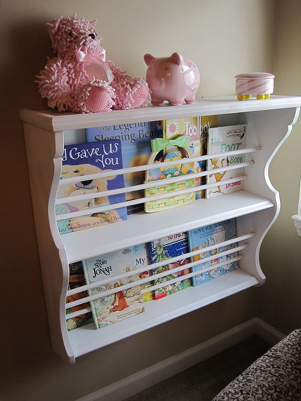 1 Hutch Used as Book Rack