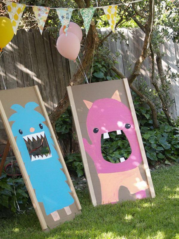 30 easy fun outdoor games you can do it yourself foliver blog monster bean bag toss solutioingenieria Gallery
