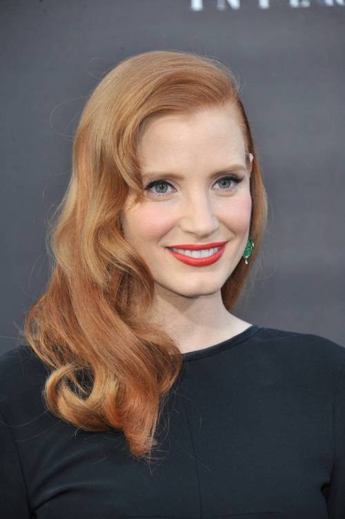 1 jessica chastain long red hairstyle with soft side swept waves